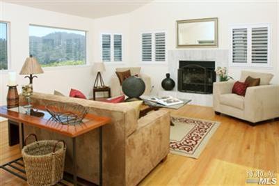 alturas-living-room