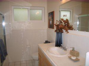 23 hall bath