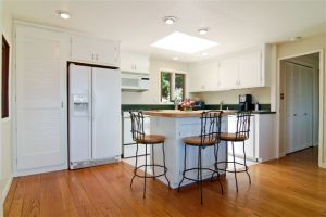 7 35_Ridge_Road_Kitchen