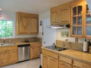 9 stove and dishwasher