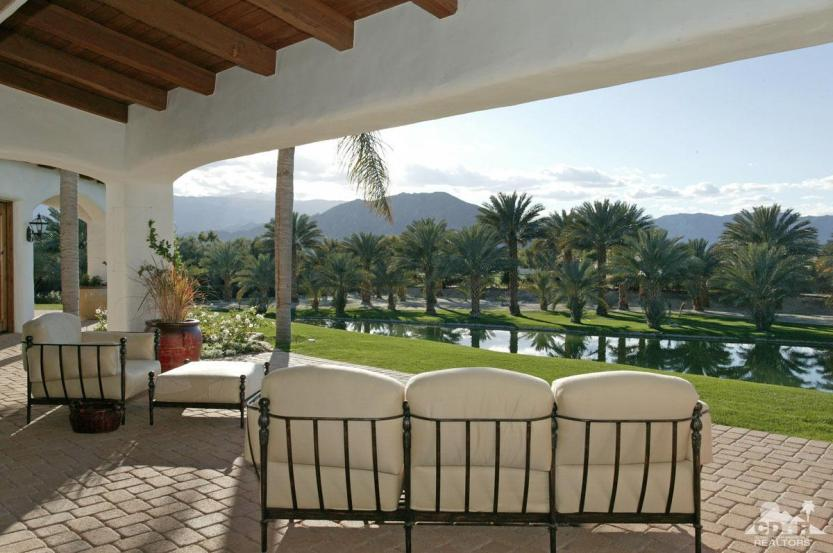 51425 Madison in La Quinta by Bennion Deville
