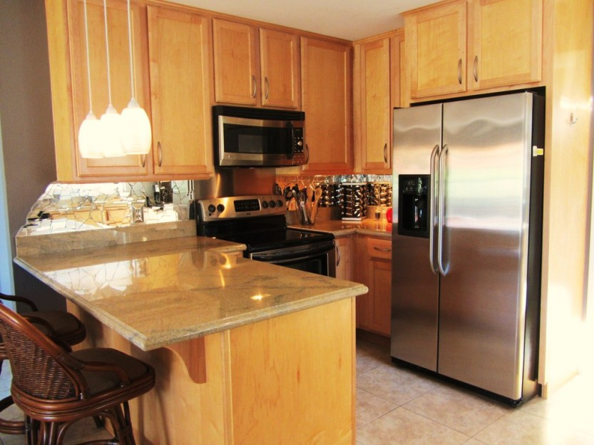 12-golfers-paradise-kitchen