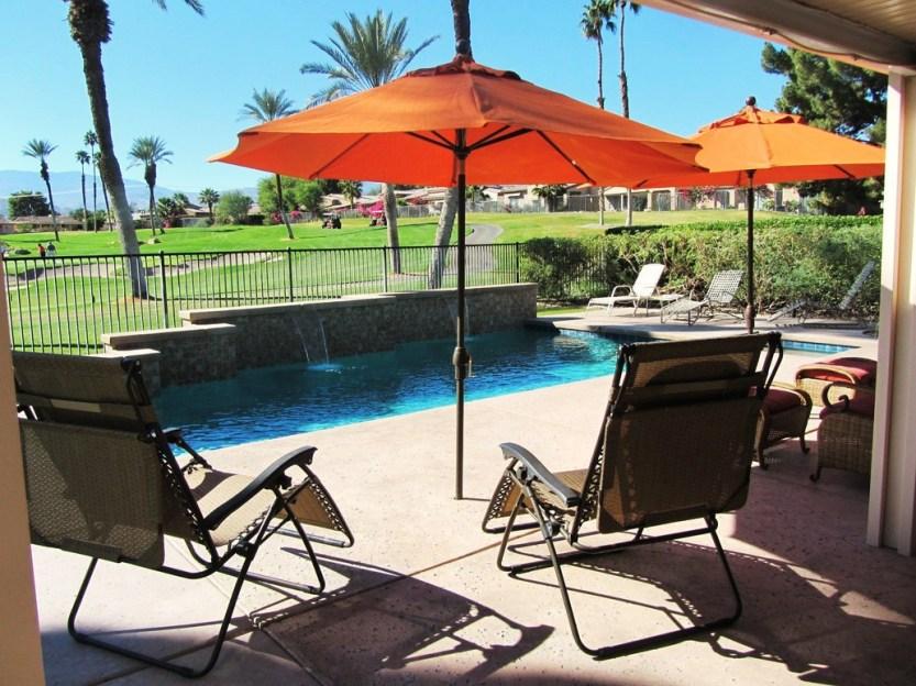 3-golfers-paradise-pool