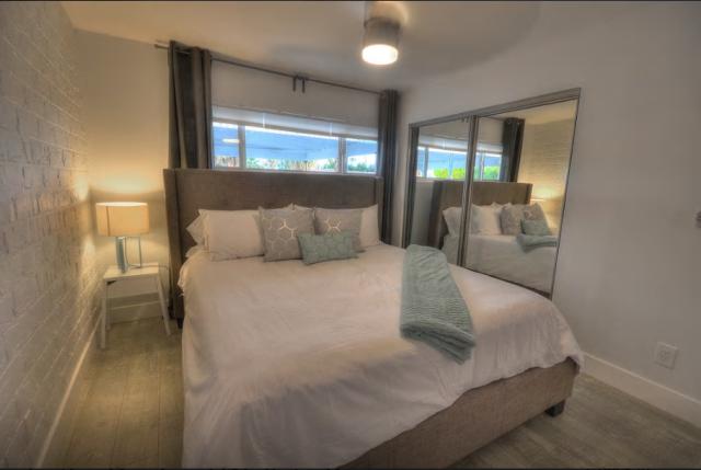 10-el-paseo-duplex-bedroom-2
