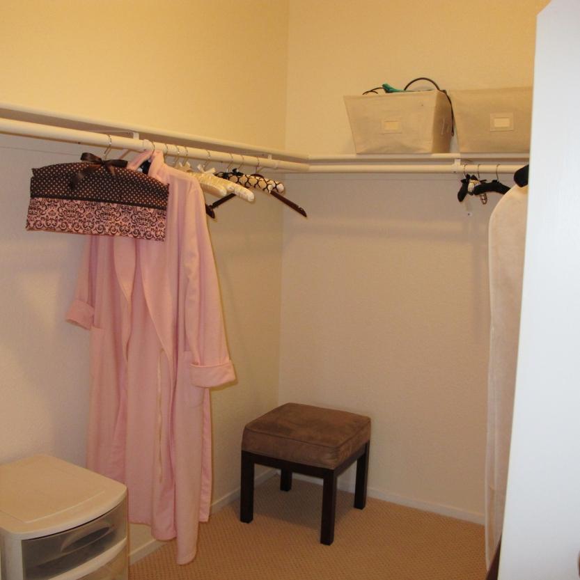 22-651-cherry-master-closet