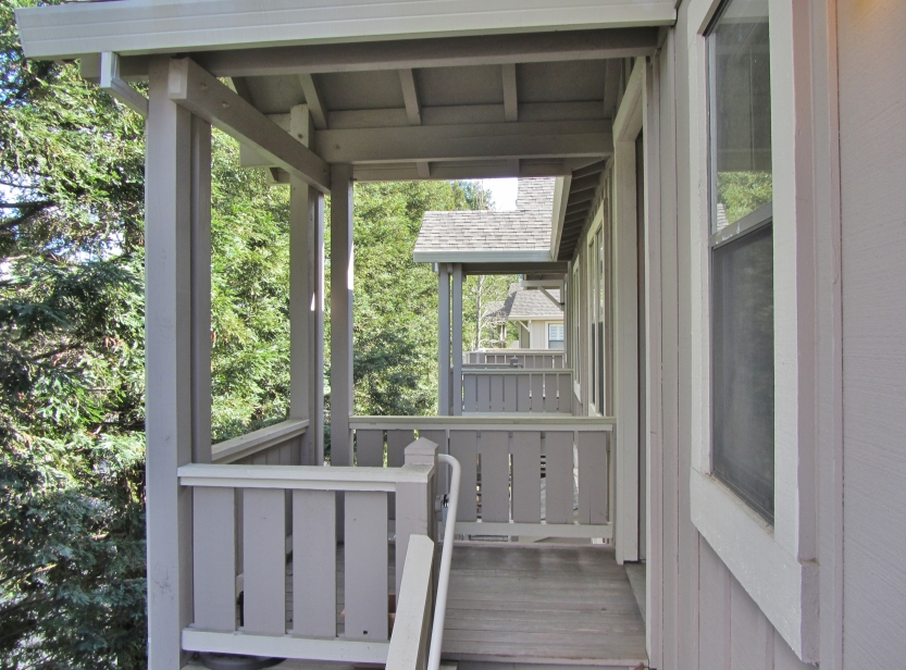 23-651-cherry-entry-from-deck