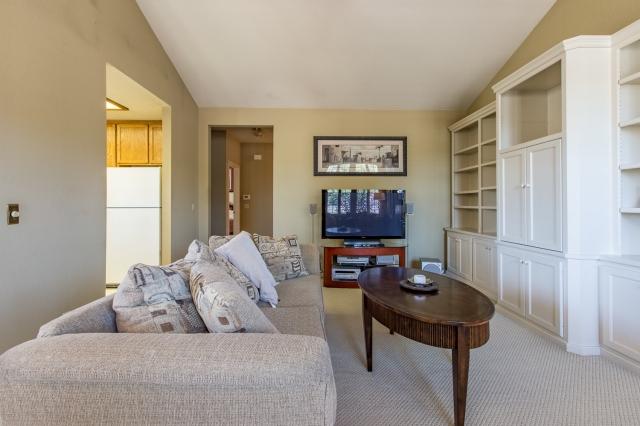 3-651-cherry-living-room-long