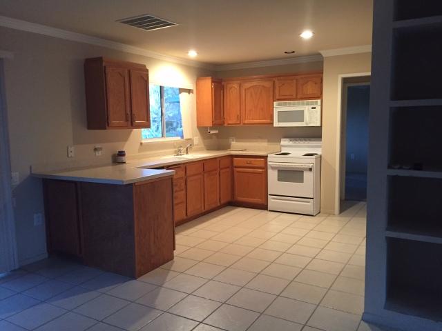 4-43440-illinois-kitchen-by-kelley-eling-realtor